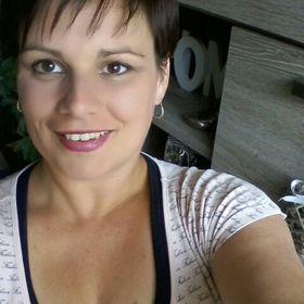 Angela De Kloe