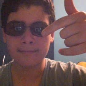 Andres reyes tobar
