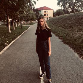 Larisa Pop