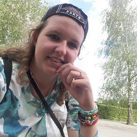 Anne Derksen