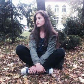 Andreea Cristina