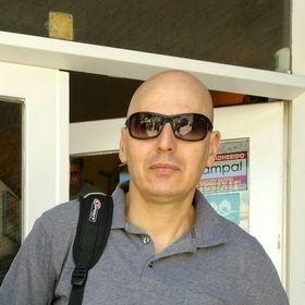 Silvio T.