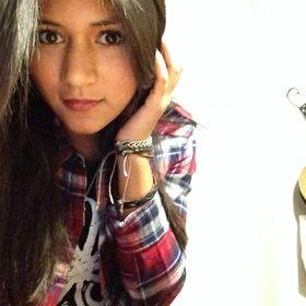 316d5b6b9f3d4 Lorraine Alvarez (lorraineishere) on Pinterest