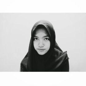Shabrina Banafsaj