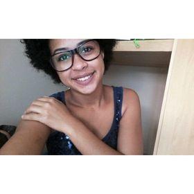 Emille Pinheiro