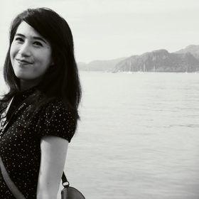 Nadine Bethari