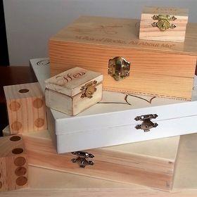 Wood N Mirror Gifts