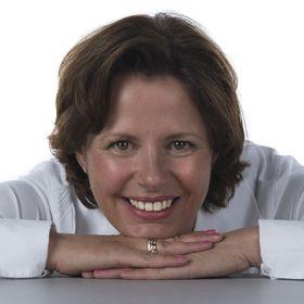 Monique Van Neutegem