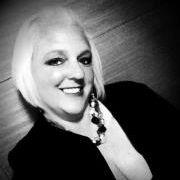 Erin De Santiago | Blogger
