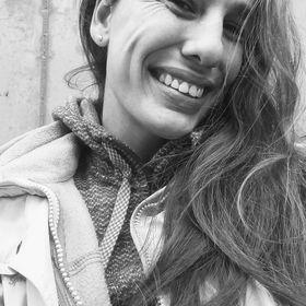 Silvia Cobos