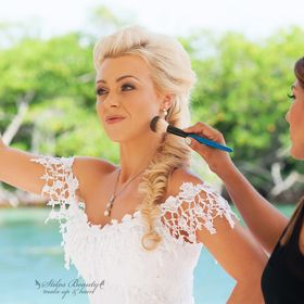 STILOS BEAUTY MAKE UP AND HAIR CANCUN