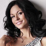 Make-up Artist Lucie Uxová
