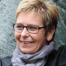 Åsta Magnussen