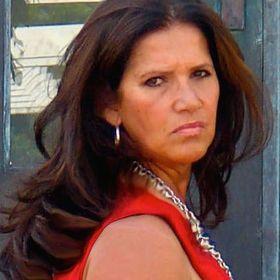 Isabel Knaff