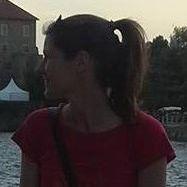Szilvi Oravecz