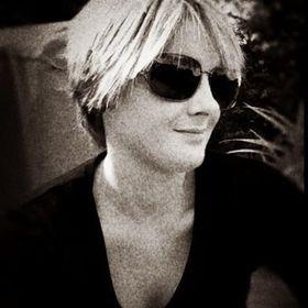 Emme McLeod