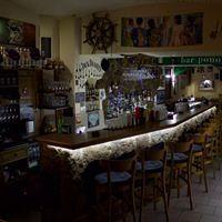 Ponorka Bar