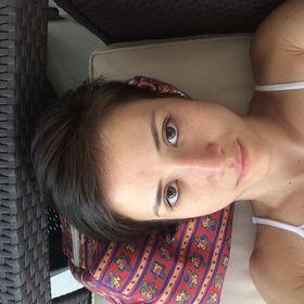 Camila Satie Ferreira Ueno