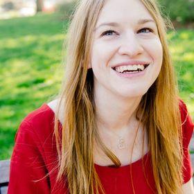 Sarah Fox | Writer, Editor, and Writing Coach