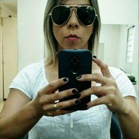 Tatiane Carvalho