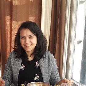 Zehra Kayhan