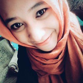 MyMoon Fariziah