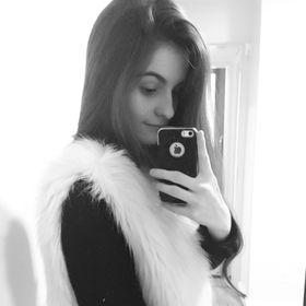 Caroline Viana