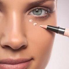 Under Eye concealer
