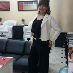 Laura Barrios