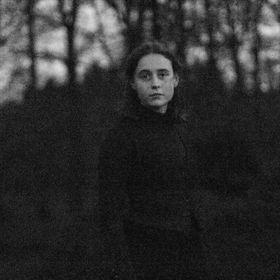 Anne-Ruth.