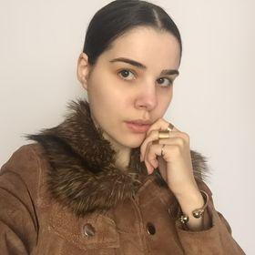 Flávia Ramos