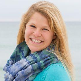 Rebekah Schwind   REALTOR & DIY Expert