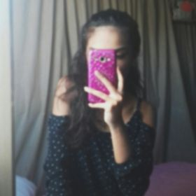 Nicole Santos