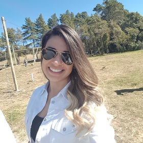 Évelly Moraes