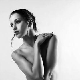 Andrea Raven