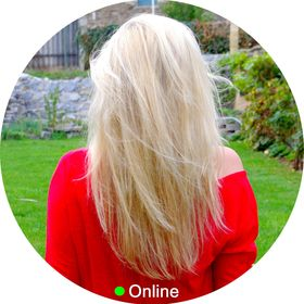 Blondýna Online