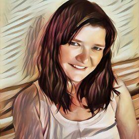 Andrea Hinze