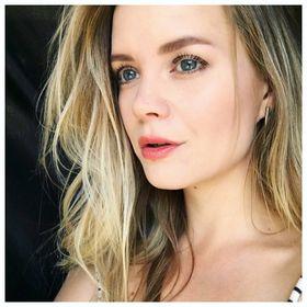Carly Flint