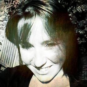 Danielle Raine | Creativity Coach, Writer & Designer