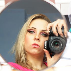 Roxanne MakeUp Artist