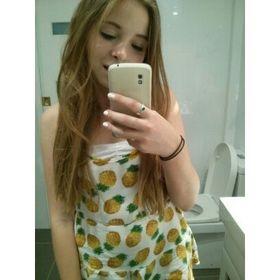 chloe dejean