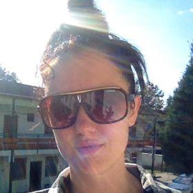 Angelika Zsigovits