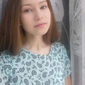 Момот Юлия