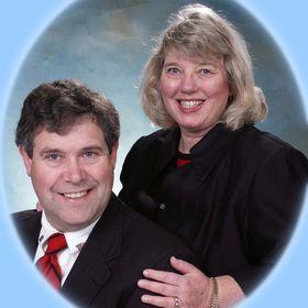 Deanna & Jim's Gold Homes Team