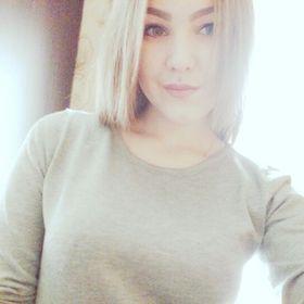 Яна Ларионова