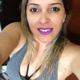 Fernanda Lanes