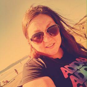 Yasna Riffo