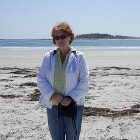 Debra McIntyre