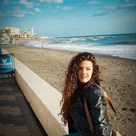Elena Cerezo