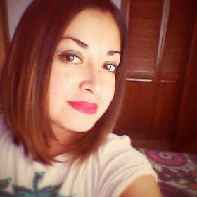 Laura Leon